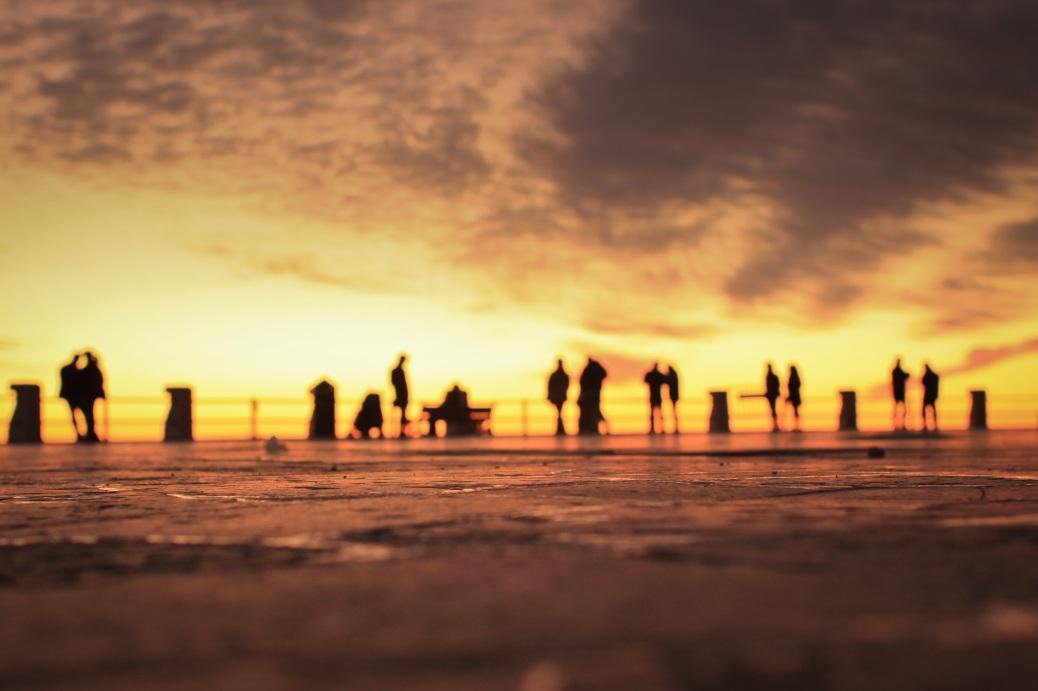 Schatten im Sonnenuntergang underfoot 1-3