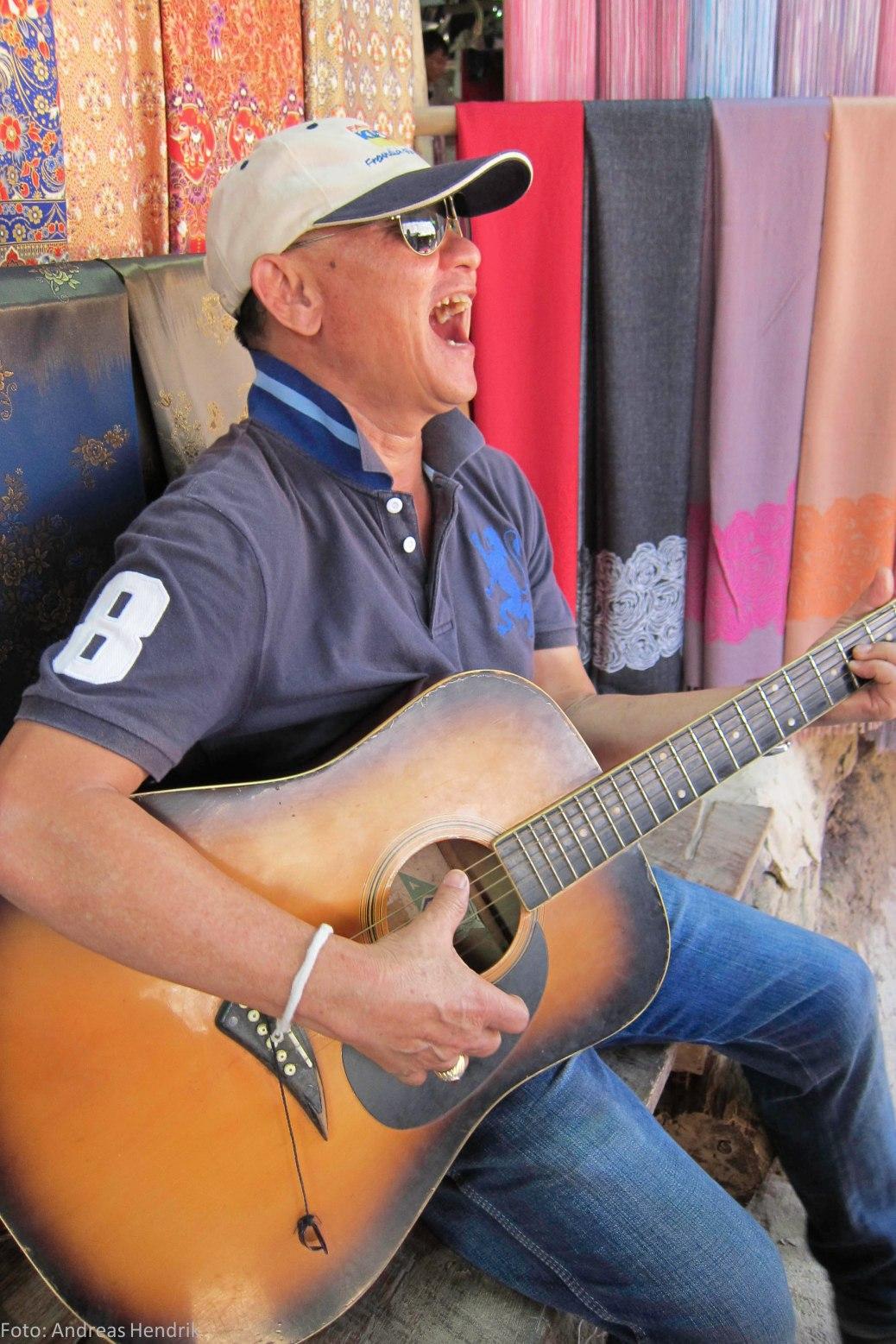 Jimmy Thailand singing