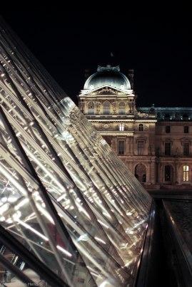 Louvre Pyramide ny night crystal AdRGB-5