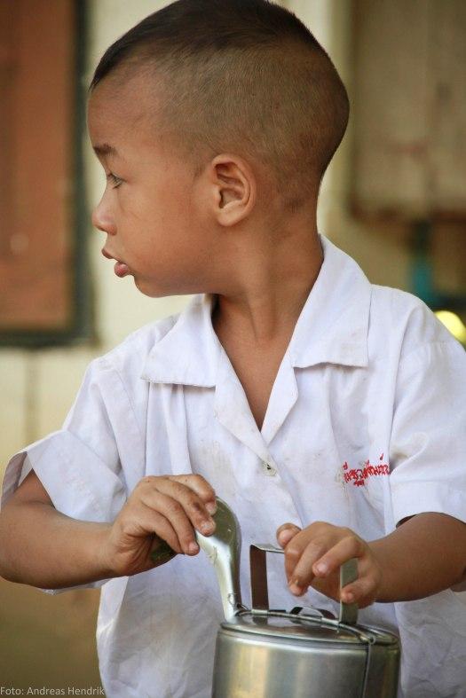 Thai School Lunch Pupil AdRGB-15