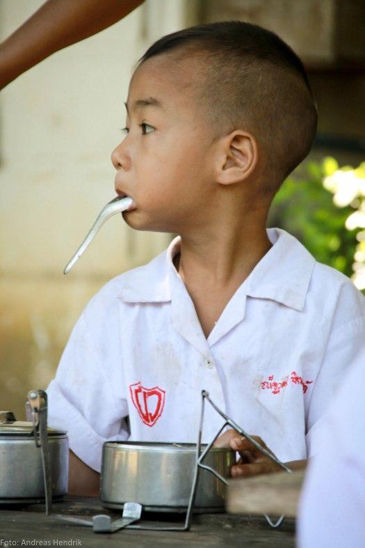 Thai School Lunch Pupil AdRGB-4