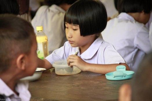 Thai School Lunch Pupil AdRGB-8