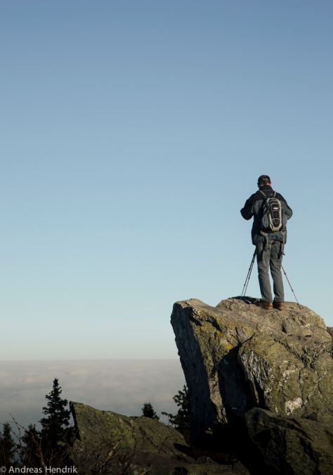 Wanderer über dem Nebelmeer Feldberg