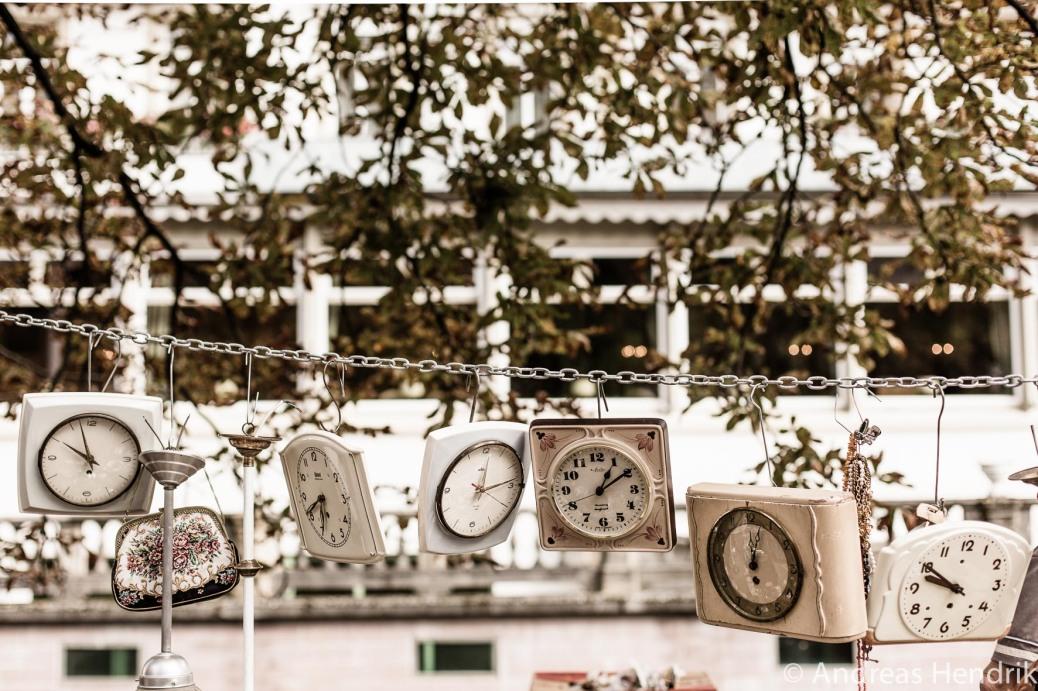 Flohmarkt Baden Baden_Uhren